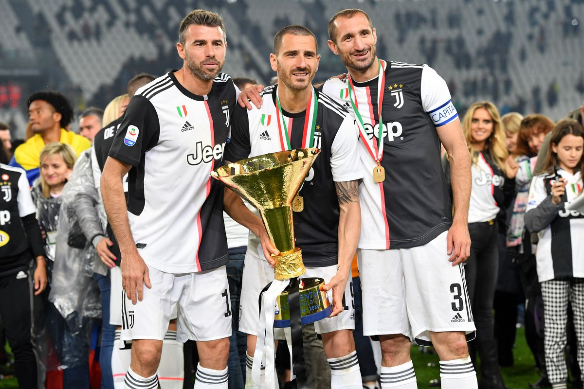 Juventus 2018 19 Season Ratings The Center Backs Black White Read All Over