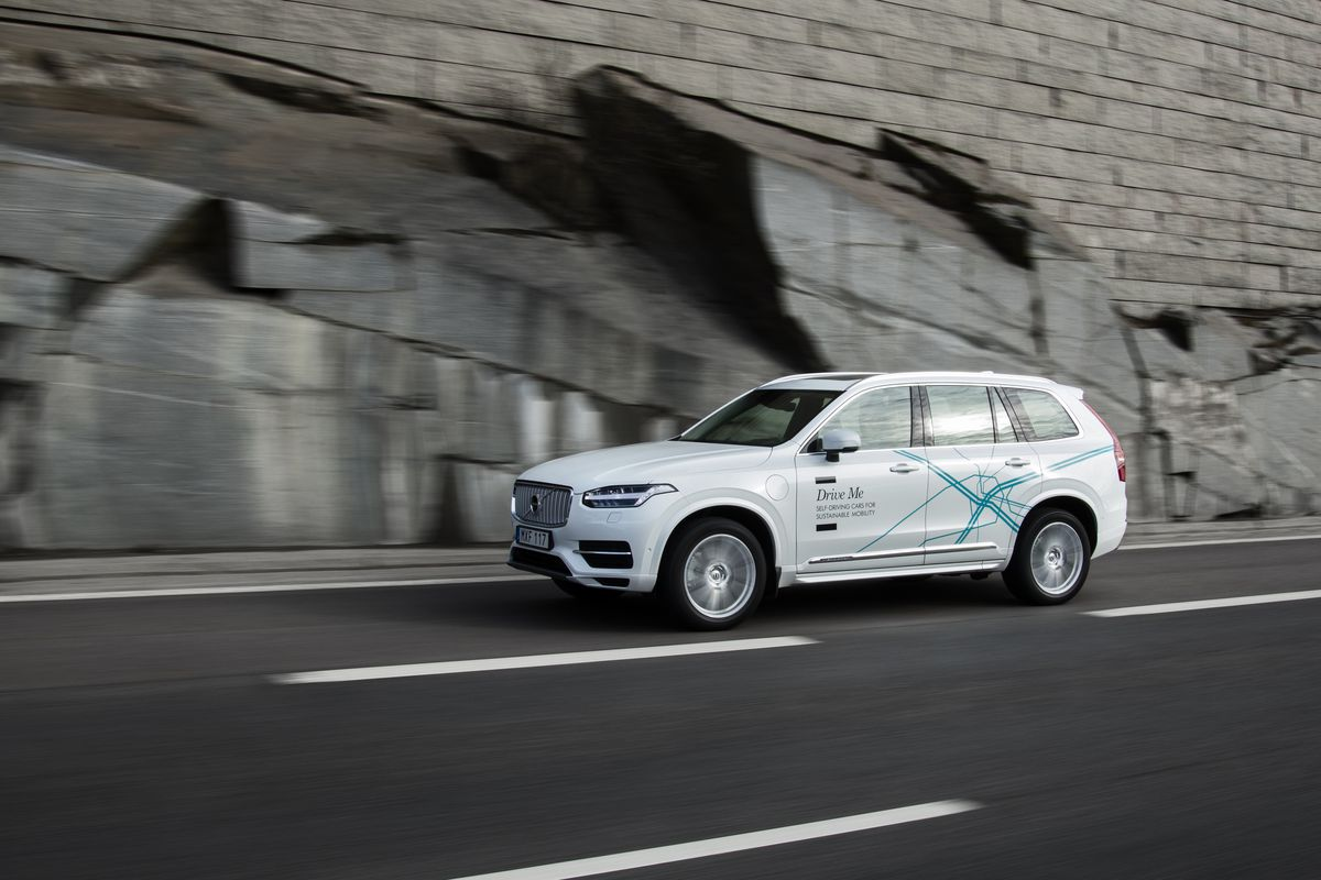 Swedish Automaker Volvo Will Send Up To 100 Self Driving Cars China For Testing On Public Roads In A Variety Of Conditions The Company S Ceo Announced