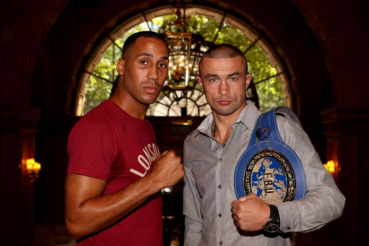 James DeGale (left) is planning to be more aggressive when he faces Piotr Wilczewski in October. (Photo by Scott Heavey/Getty Images)