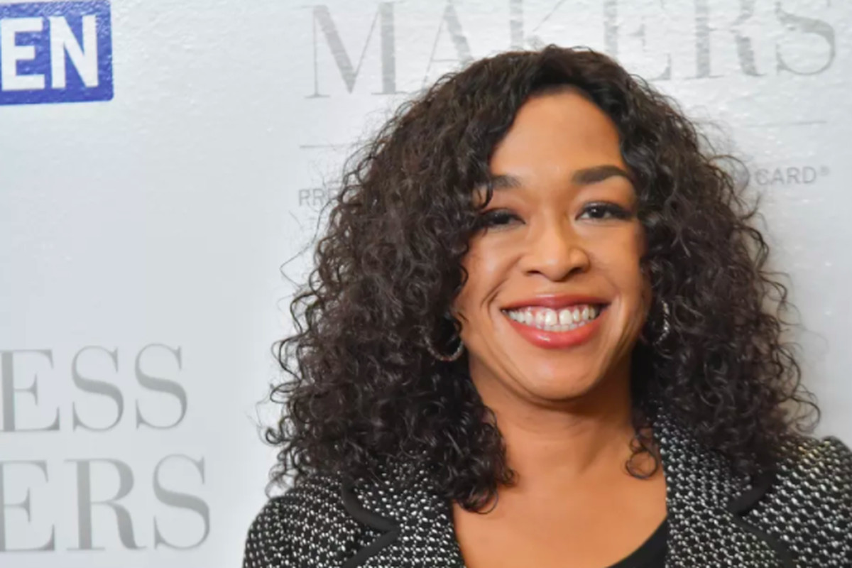 Netflix signs Grey\'s Anatomy creator Shonda Rhimes to multi-year ...