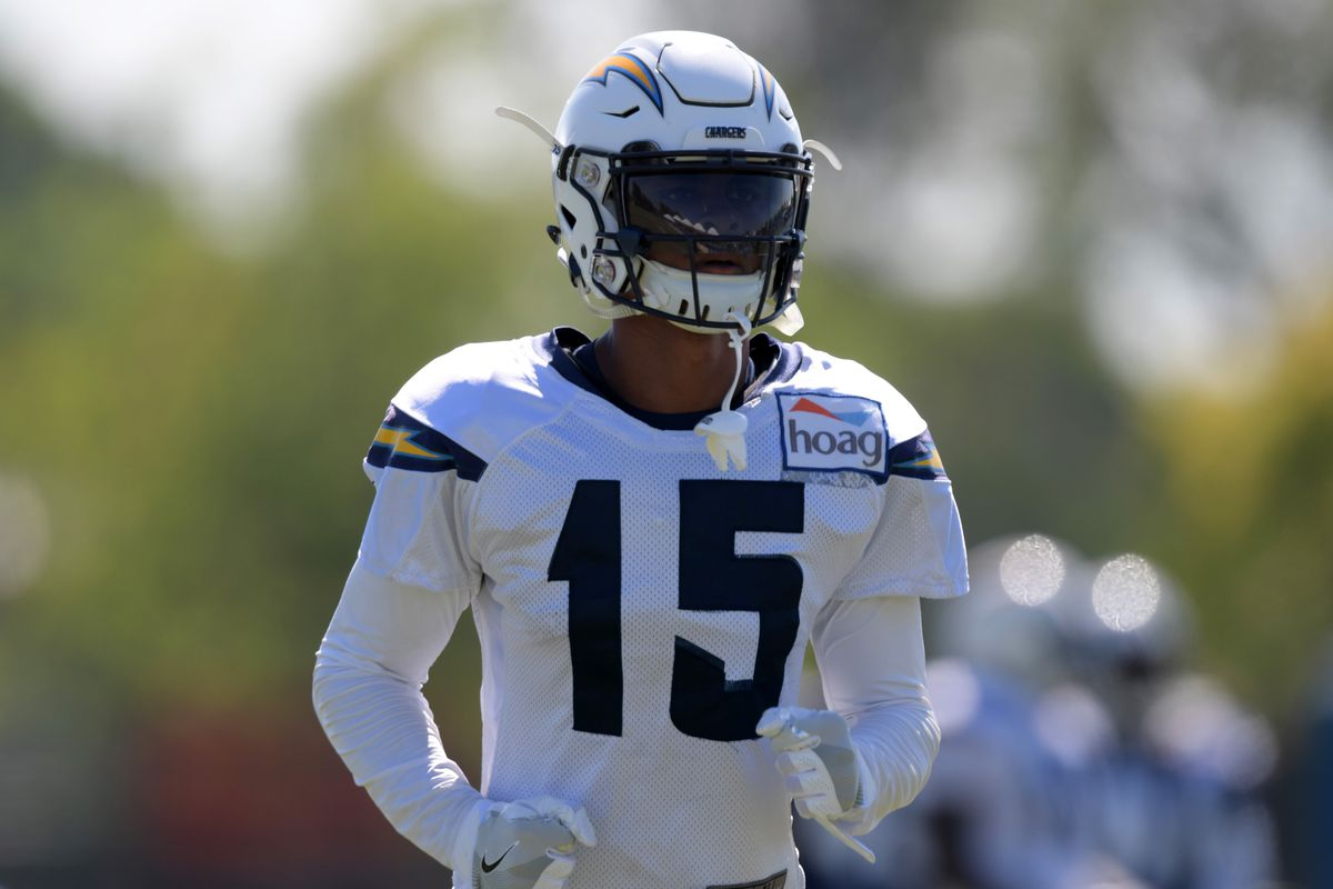 57a03413 Los Angeles Chargers 90-in-90: WR Andre Patton - Bolts From The Blue