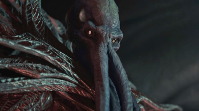 Baldur's Gate 3 early access impressions — an Illithid Mind-Flayer looks at the viewer