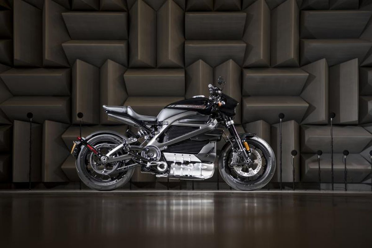Harley Davidson S First All Electric Motorcycle Is Coming August 2019 Will Cost 29 799