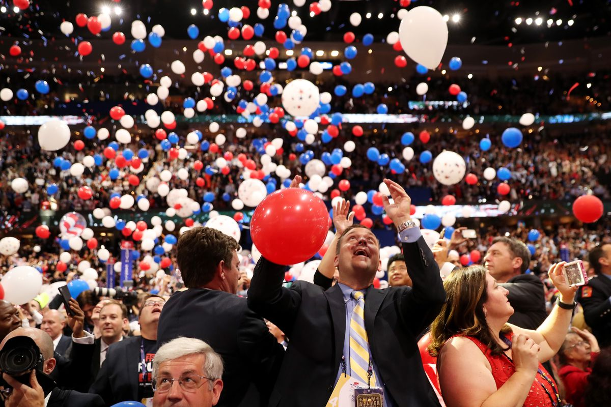 Blue apron yelp - What Do Conventioneers Do When The Balloon Party S Over John Moore Getty Images