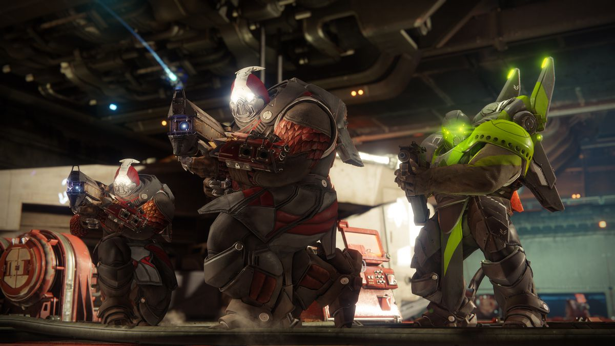 Destiny 2 - three Cabal enemies in the Arms Dealer strike
