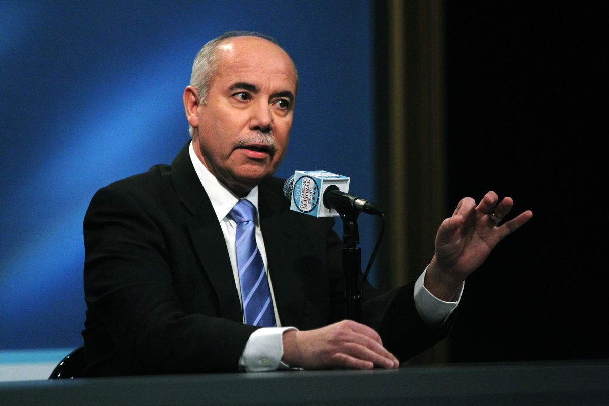 Miguel del Valle, then a Chicago mayoral candidate, participates in a debate at WGN-TV January 27, 2011.