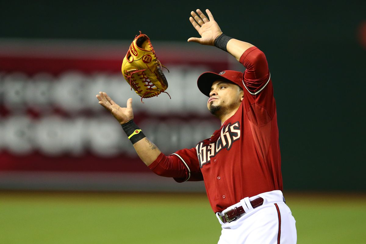 Gerardo Parra shows the world his secrets by floating his glove using just his mind.