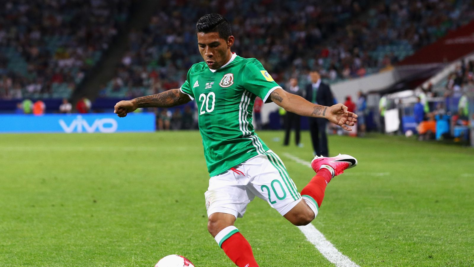 Mexico face Russia in Confederations Cup crunch match