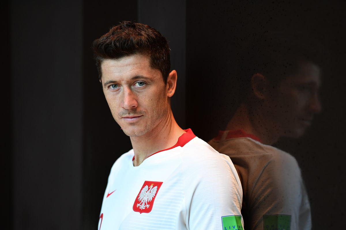 Poland Portraits - 2018 FIFA World Cup Russia SOCHI, RUSSIA - JUNE 14: Robert Lewandowski of Poland poses for a photograph during the official FIFA World Cup 2018 portrait session at on June 14, 2018 in Sochi, Russia.