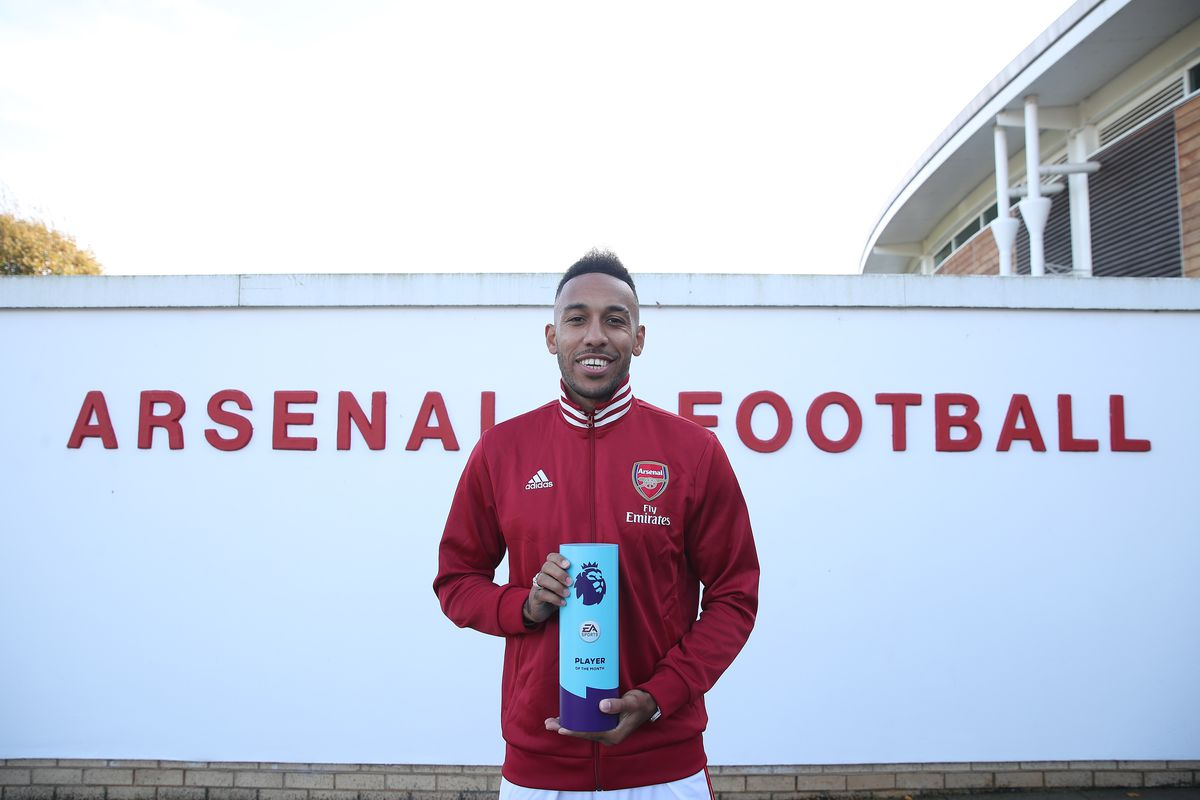 Pierre-Emerick Aubameyang is Presented with the Premier League Player of the Month Award for September