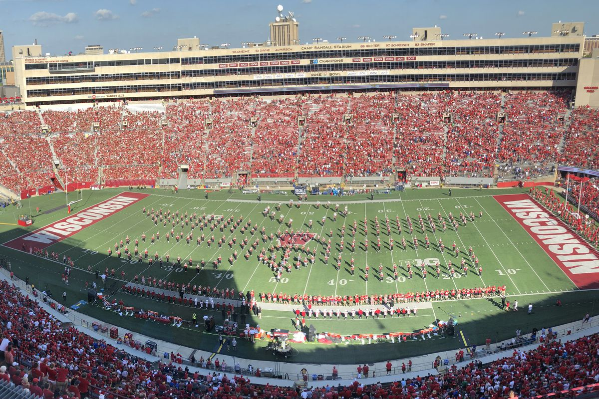 Wisconsin Football Alumni Band Fills The Field For Michael