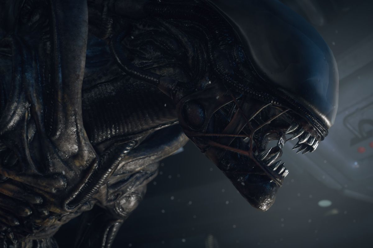 A profile shot of the Xenomorph from Alien: Isolation.