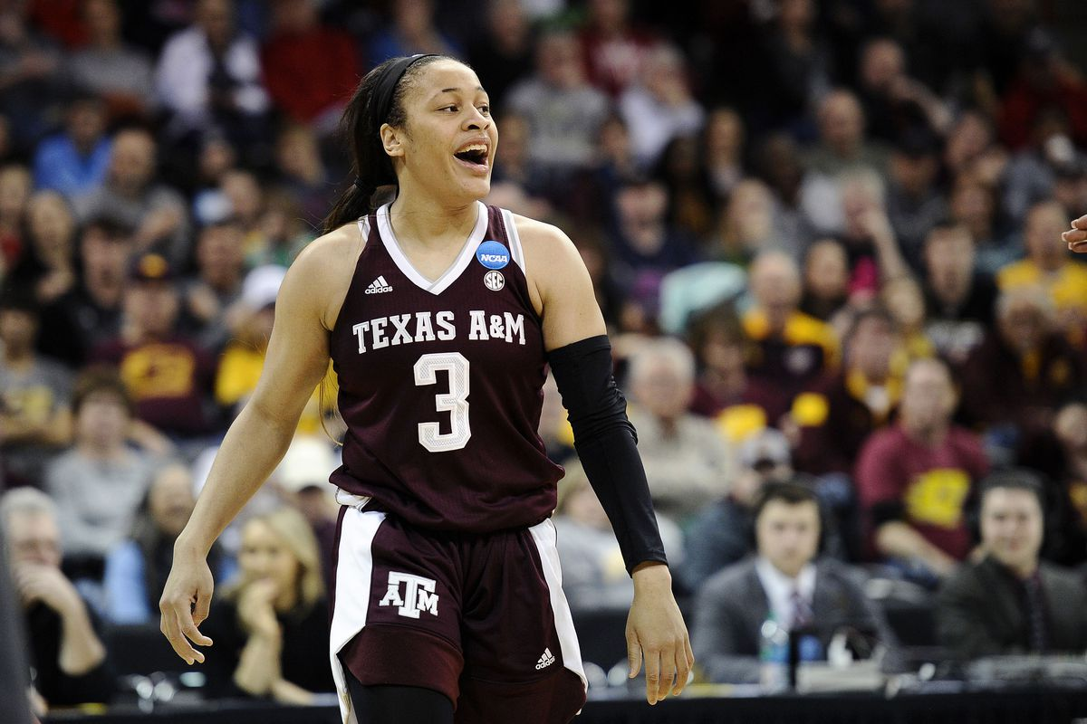 NCAAW: Which No. 4 seed will have the better NCAA Tournament run?