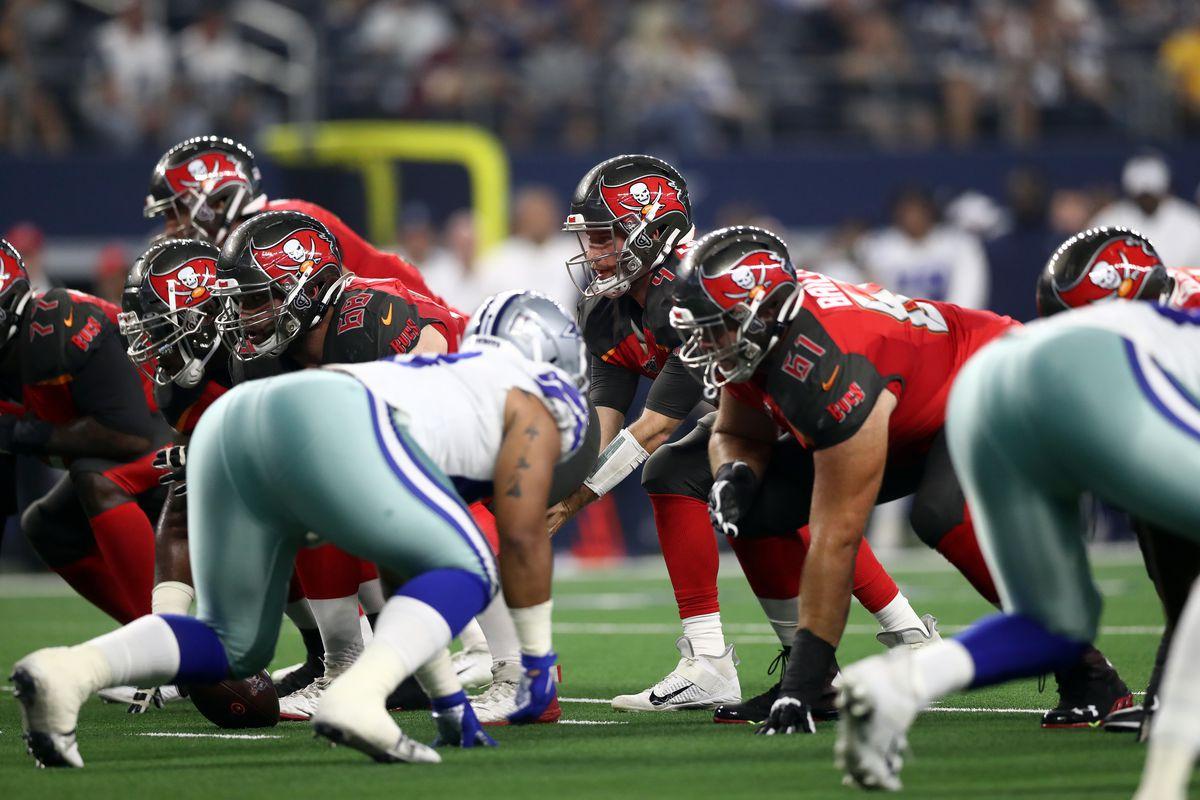 Tampa Bay Buccaneers v Dallas Cowboys