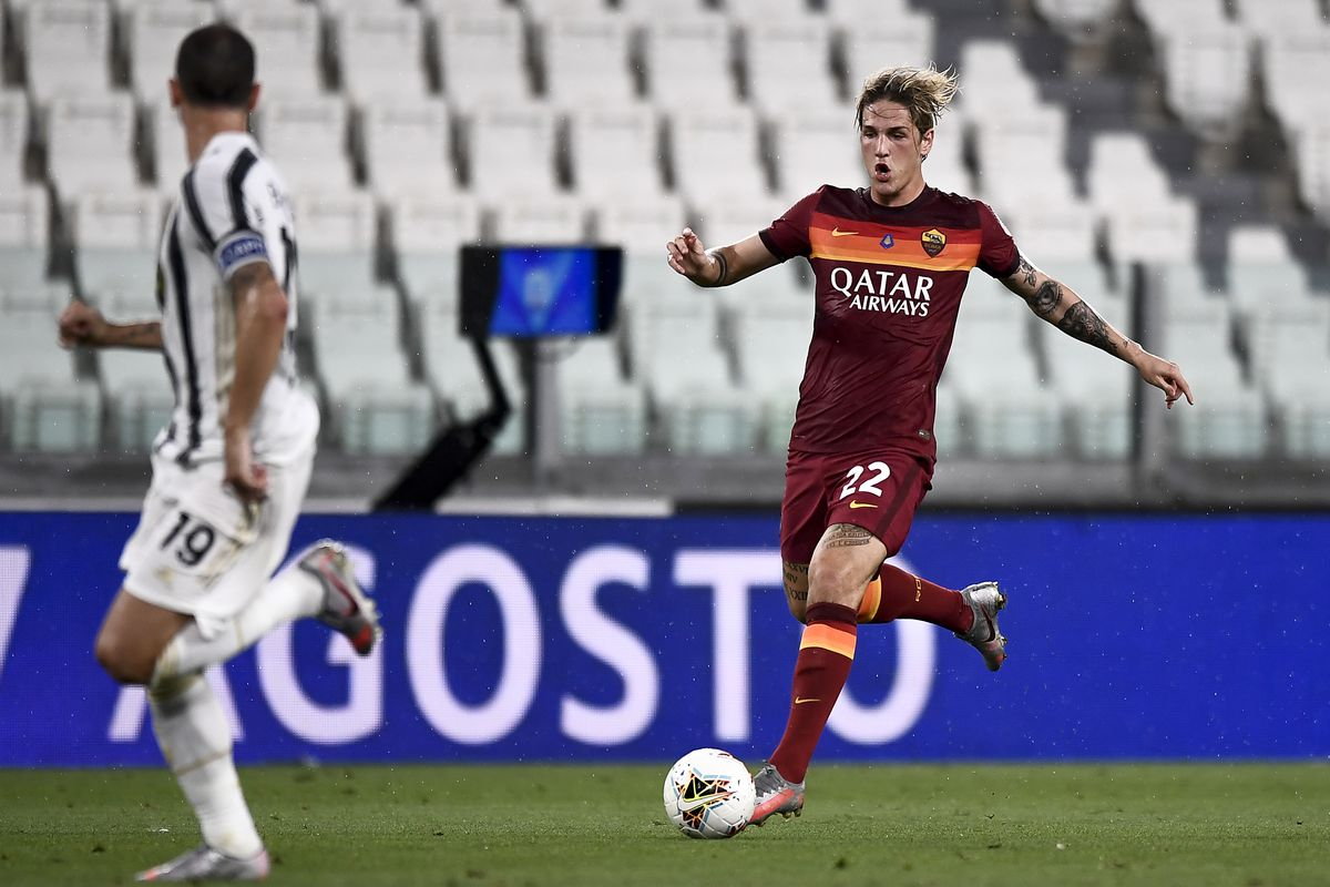 Nicolo Zaniolo of AS Roma in action during the Serie A...