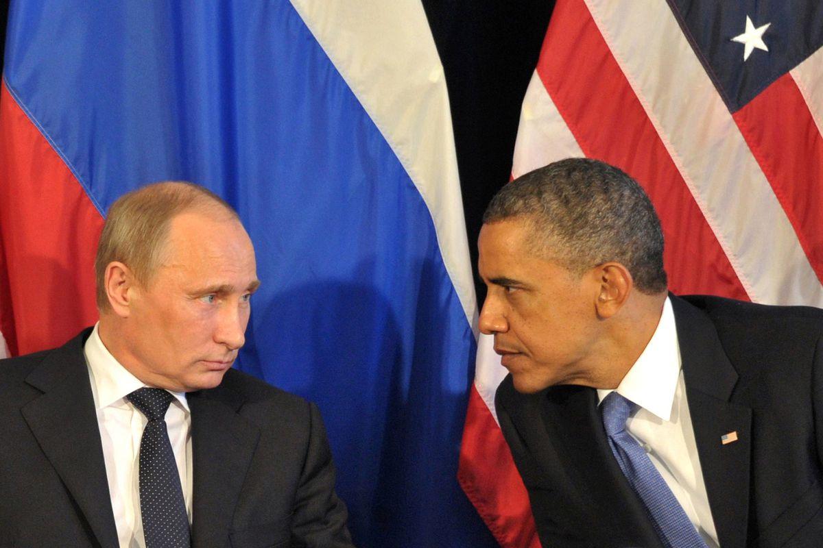 Obama and Putin lock eyes at an international summit in Mexico.