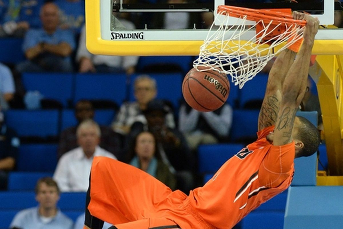 Gary Payton II threw down a game high 24 points against UCLA, but didn't get nearly enough help, especially from the Oregon St. frontcourt.