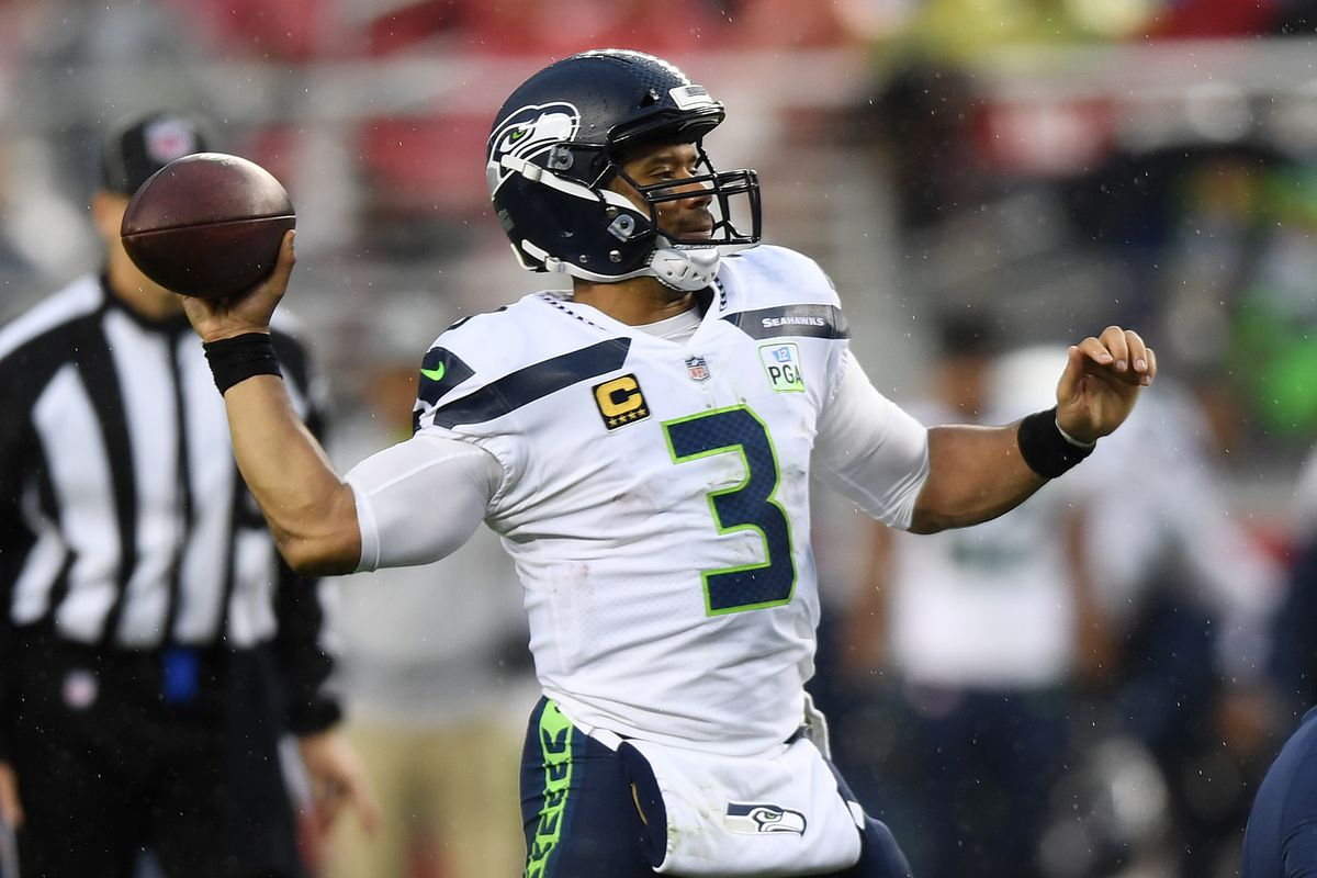 62190a018 Seahawks teammates jump to making fun of Russell Wilson on Twitter ...