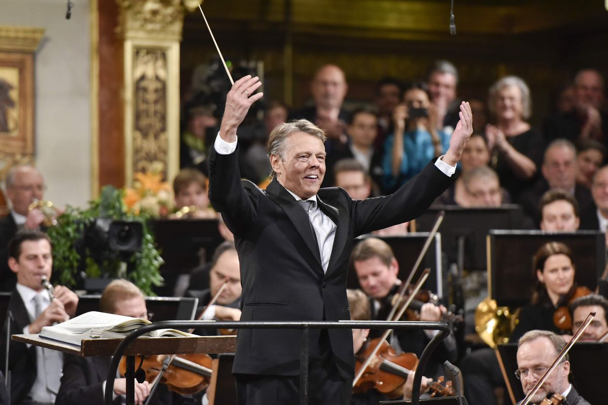 Mariss Jansons dead: conductor of acclaimed orchestras worldwide dies at 76