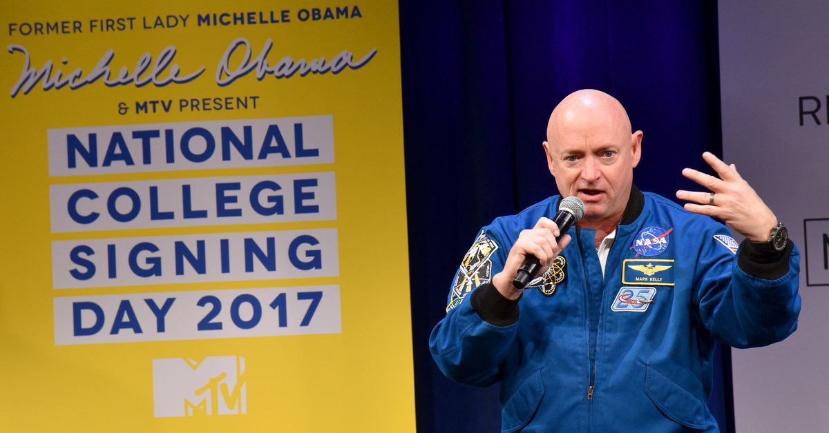 Former NASA astronaut Mark Kelly is running for the US ...