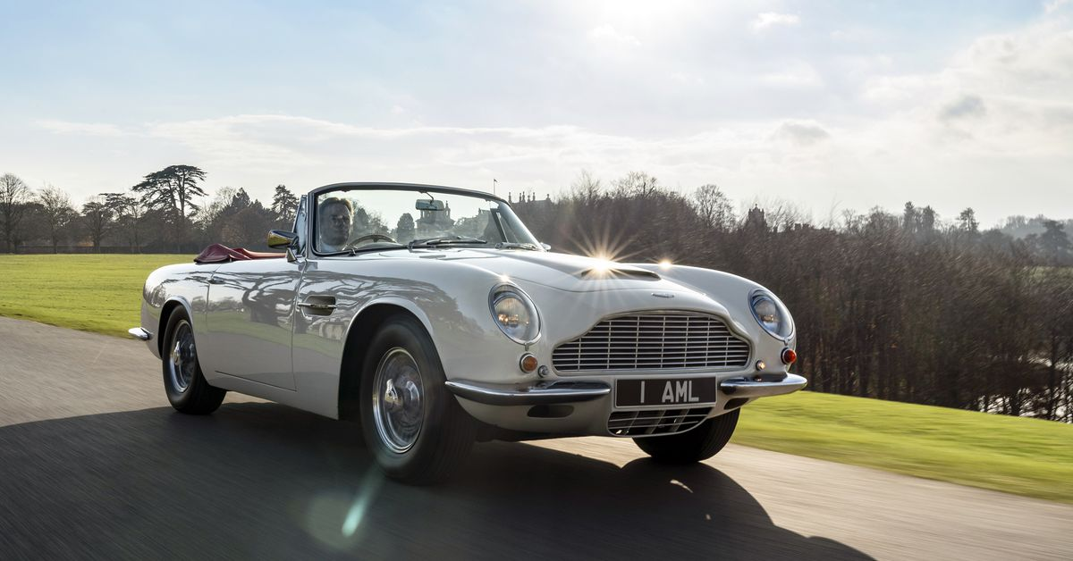 Aston Martin Will Make Old Cars Electric So They Don U2019t Get