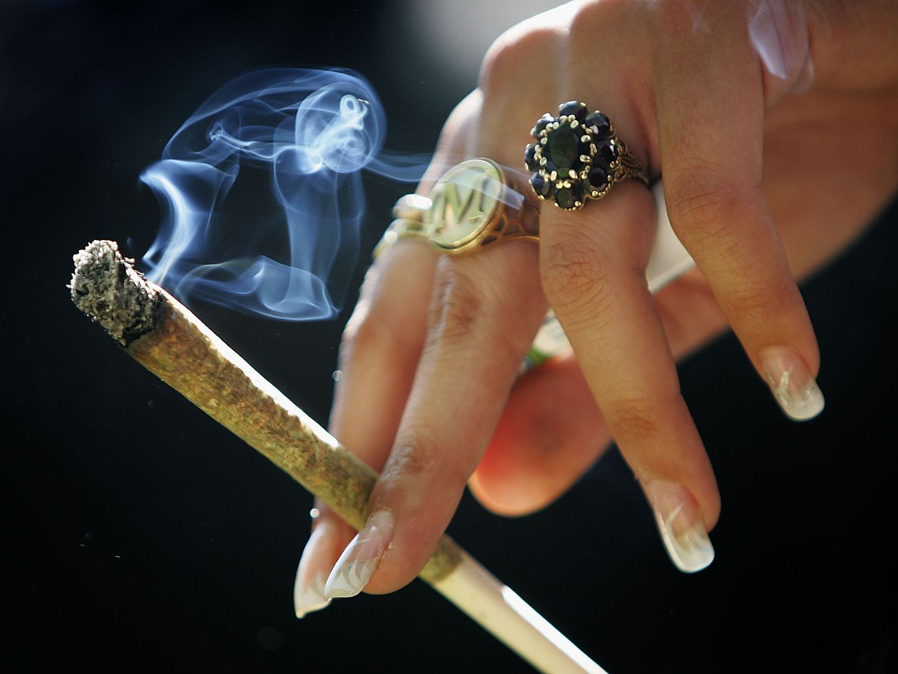 The sheriff of Kenosha County, Wisconsin, is warning residents that marijuana will remain illegal in the state come Jan. 1.