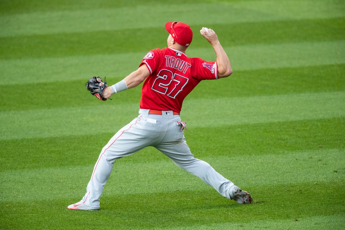 separation shoes 6fab3 68c9f Mike Trout's throwing arm used to be a weakness, but is now ...
