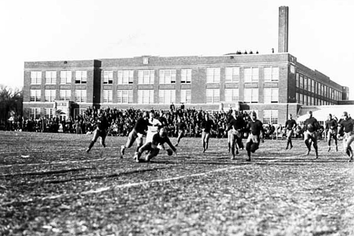 Mpls North vs Roosevelt at North High, 1925.