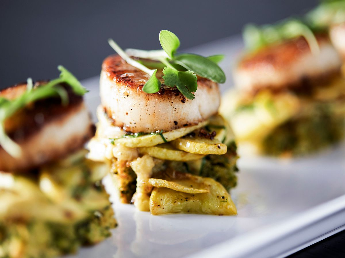 A plate of scallops.