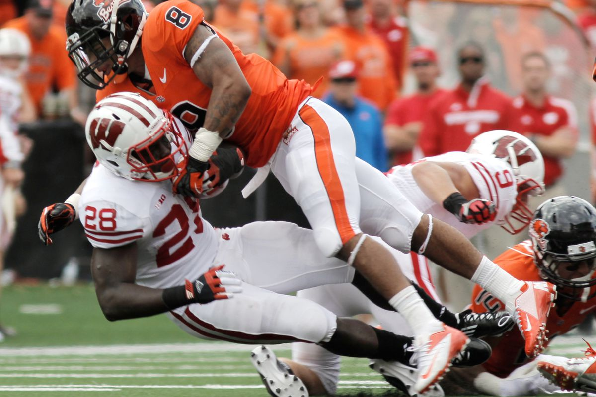 Can safety Tyrequek Zimmerman (8) and the rest of the Oregon State defense stifle the UCLA attack today as it did the Wisconsin offense two weeks ago?
