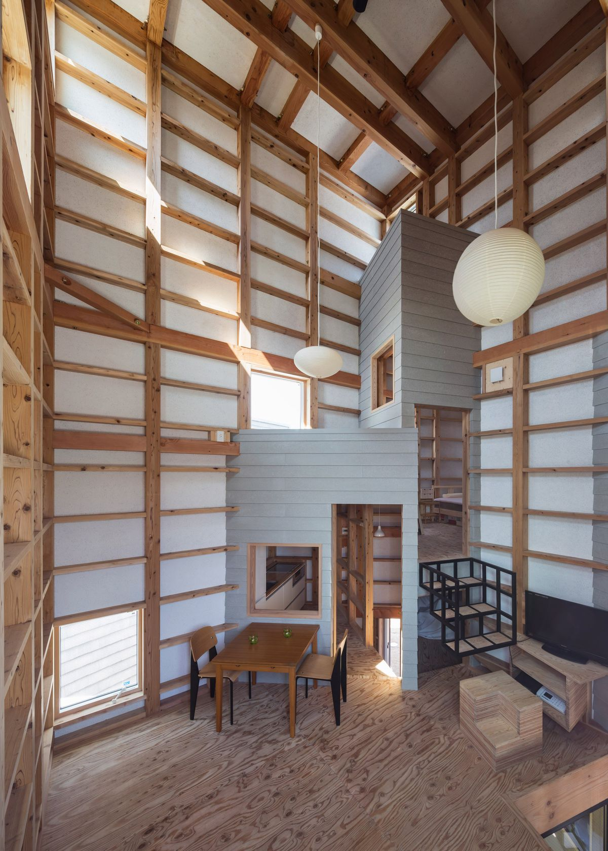 Eccentric Japanese Home Built From Nine Intersecting Cubes