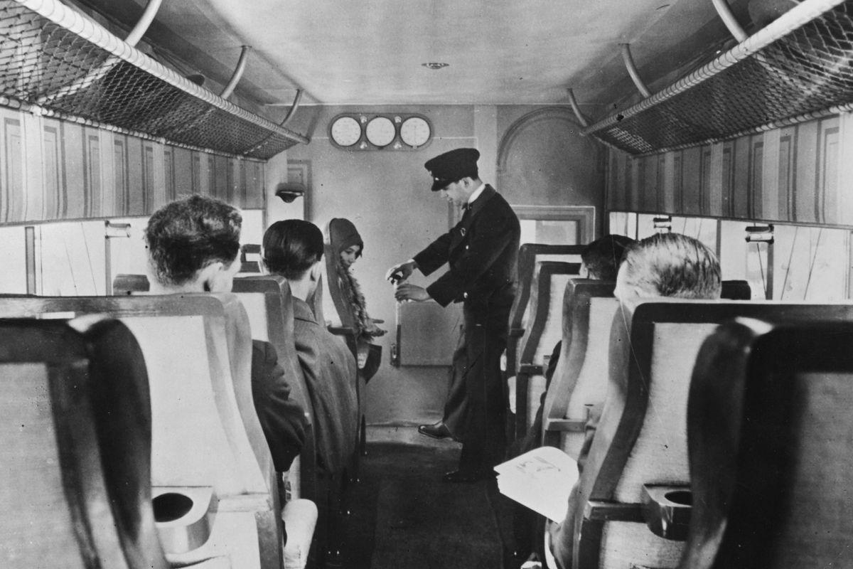 This flight in 1929 showed an industry still years from taking flight.