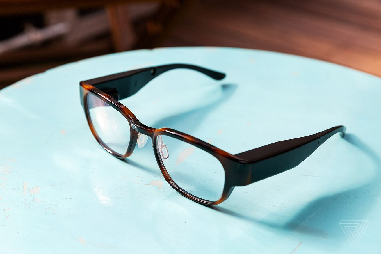north has acquired the patents and tech behind intel s vaunt ar glasses
