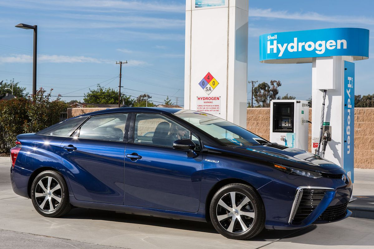 Fueling The Success Of Hydrogen Ed Toyota Mirai Is A Balancing Act
