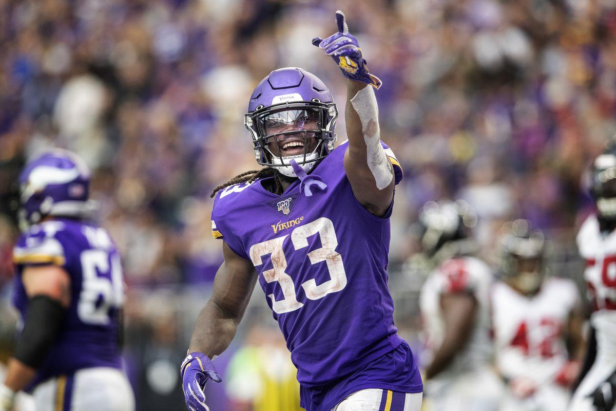 The Minnesota Vikings beat the Atlanta Falcons 28-12.