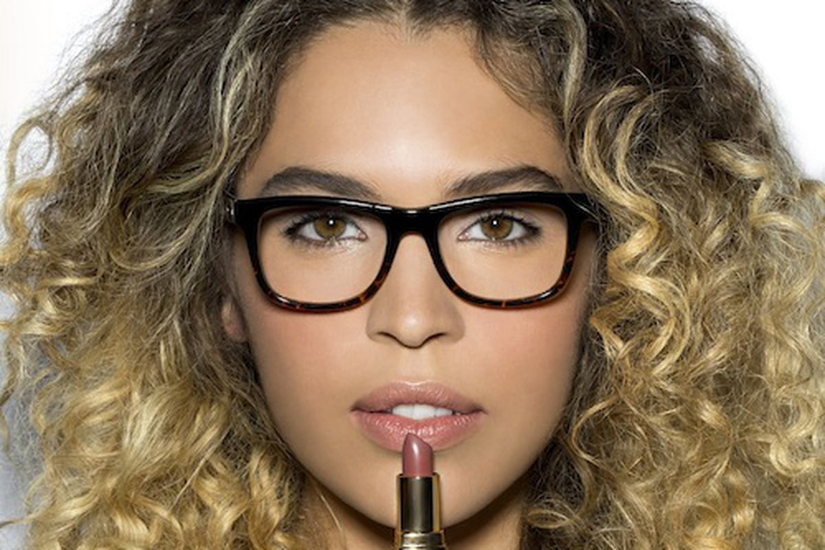 Eye Makeup and Glasses: Bobbi Brown\'s Clever Tips - Racked