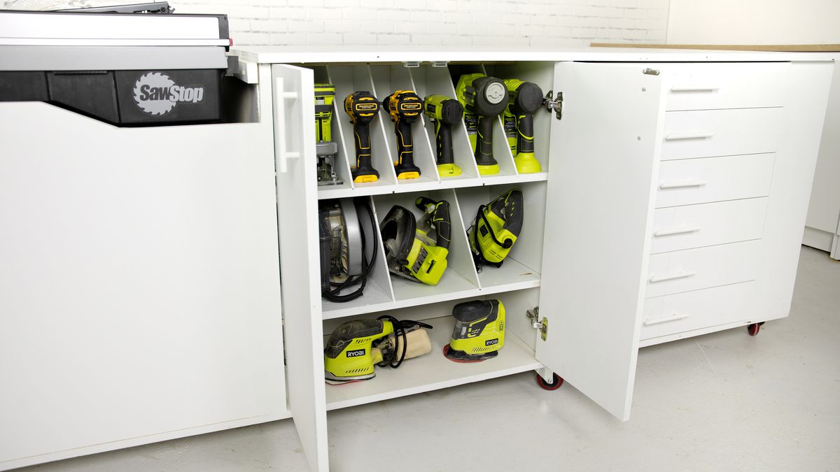 Mobile Workbench with Tool Organizer, finished
