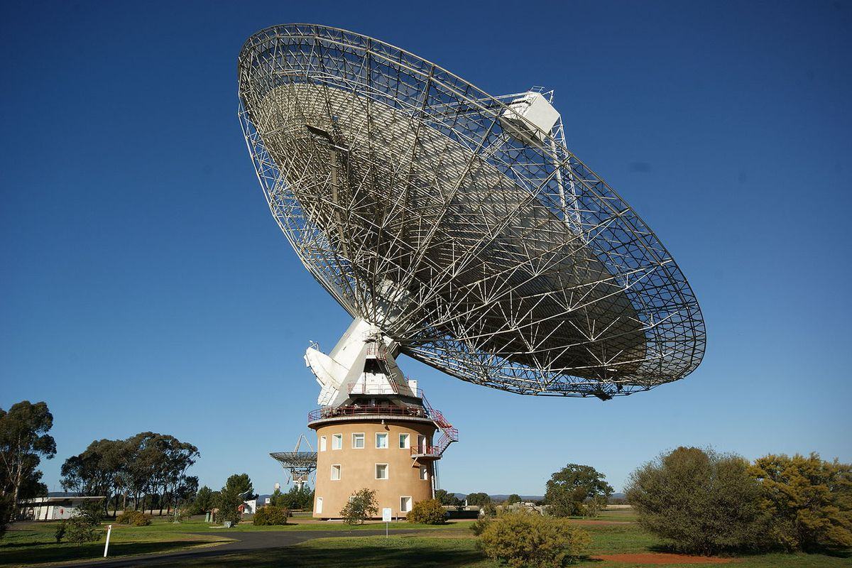 """Parkes Observatory in Australia, where the mysterious """"perytons"""" were detected."""