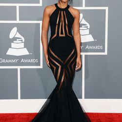 Kelly Rowland flirts with the dress code in revealing Georges Chakra Couture.