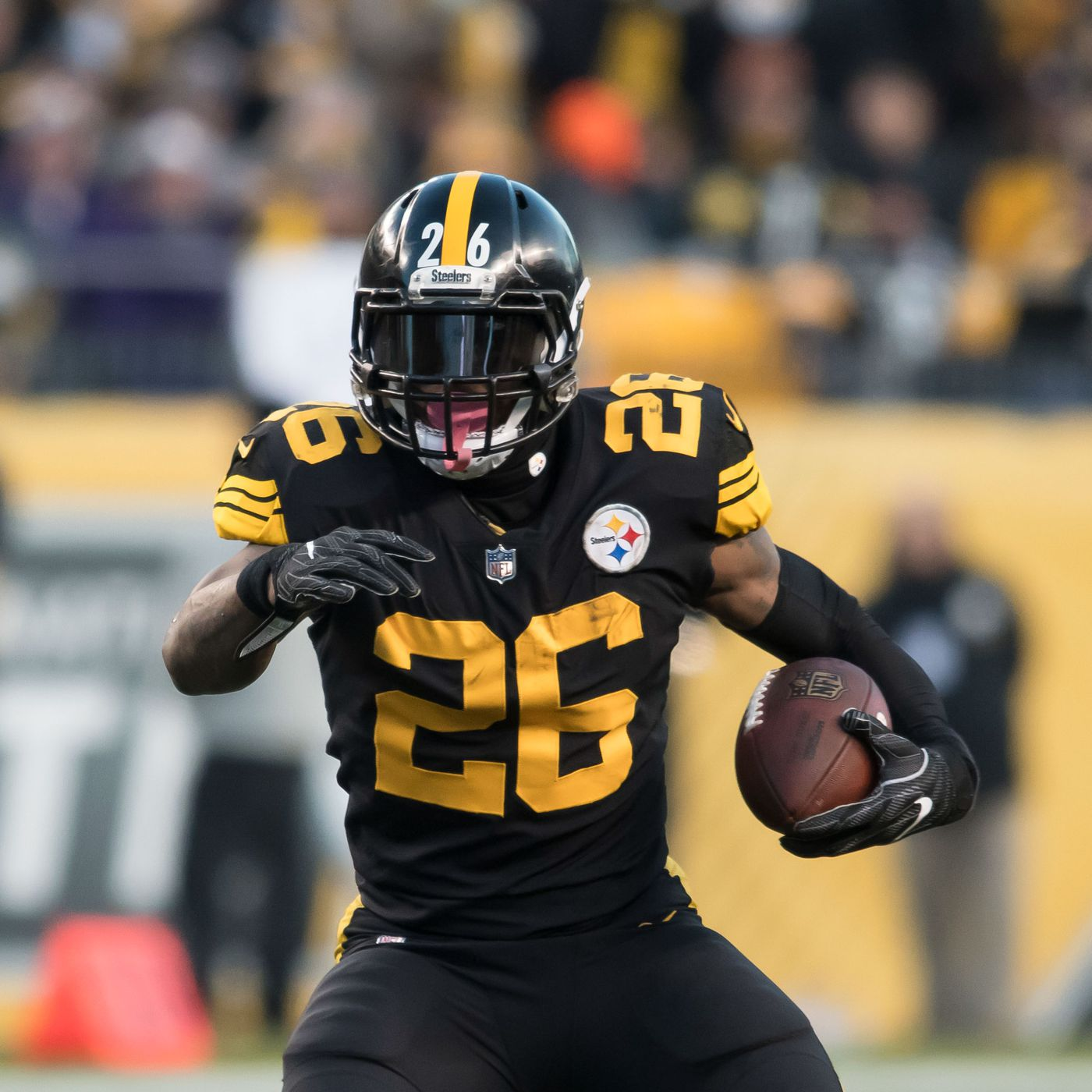 cf88f6b59ae91 A Steelers uniform change could be just what the doctor ordered ...