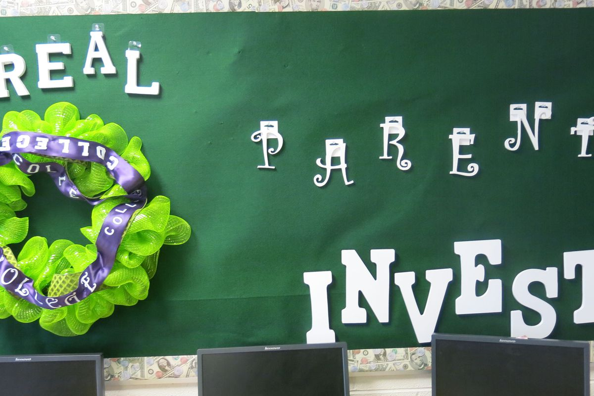 A sign in the parent center at Aspire Hanley Elementary.