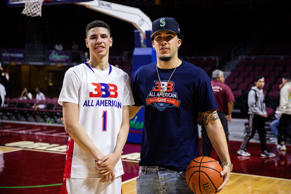LaMelo Ball (L) and LiAngelo Ball (R) pose after the Big Baller Brand All American Game at the Orleans Arena on March 31, 2019 in Las Vegas, Nevada.