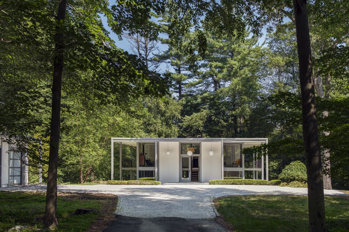 The Desilver House In New Canaan Connecticut Was Designed 1961 By Harrison And John Black Lee Photo Michael Biondo