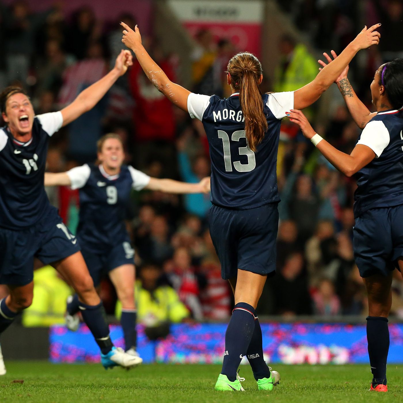 e7bdd04c458 Throwback Thursday: Alex Morgan beats Canada in the 123rd minute - Stars  and Stripes FC
