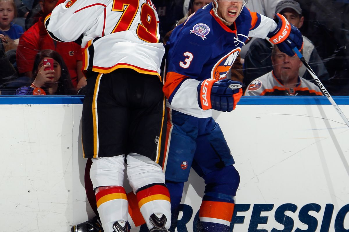 Hamonic in a different uniform than the one he's wearing now.
