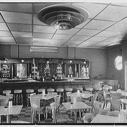 Seven Seas Restaurant Cocktail Room - Courtesy of Library of Congress Prints - Photographer: Gottscho-Schleisner, Inc.