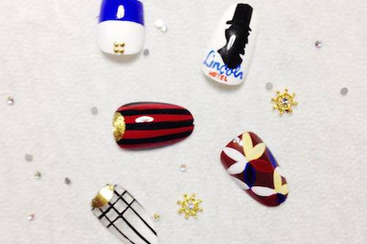 Photo: Astrowifey's Lincoln Hotel nail designs