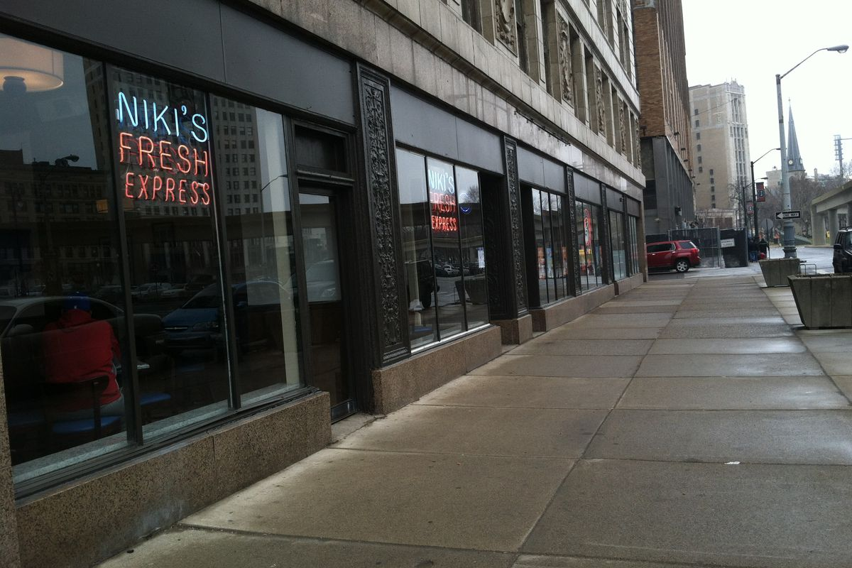 Niki's Fresh Express opened this week in the Michigan Building.