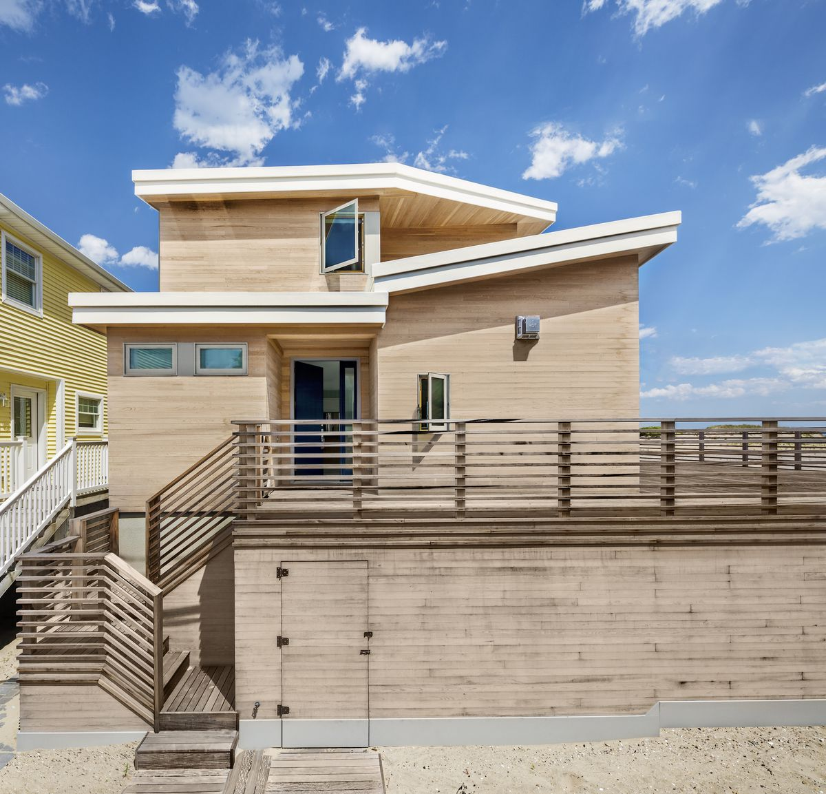 Beach House Decks: In Breezy Point, A Dreamy, Modern Beach House Transforms A
