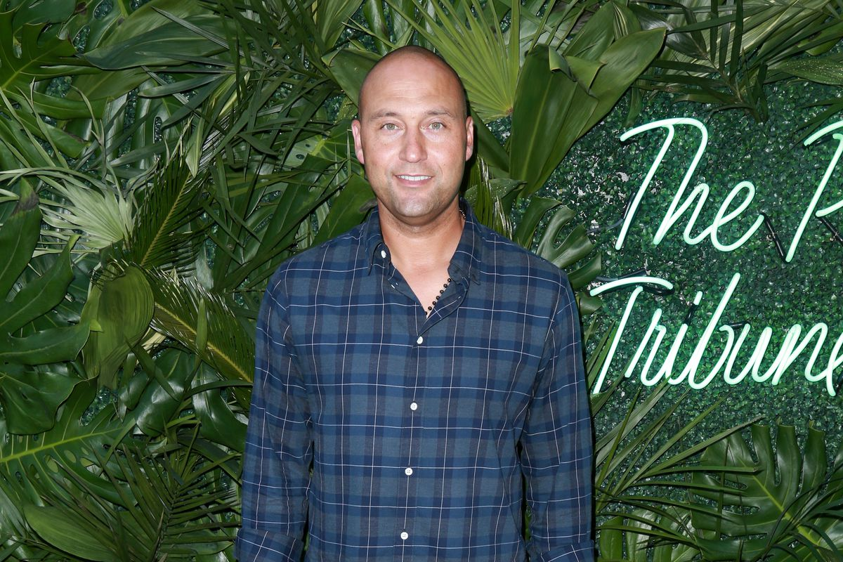 4f3c4818330 Derek Jeter is preparing to run the Marlins by asking other people to do  his job for him